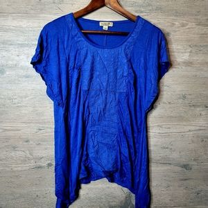 One World Flowy Shirt. Perfect Condition! Soft!